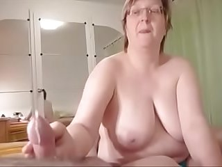 Big Mature Housewife Give..