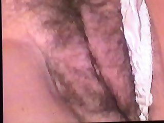 HOT MILF KAYLA&rsquo_S WET..