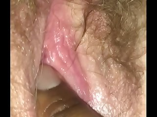 Fingering wife&rsquo_s hairy..