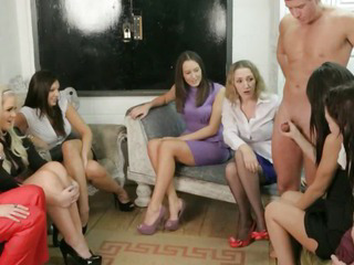 Femdoms in group humiliating..
