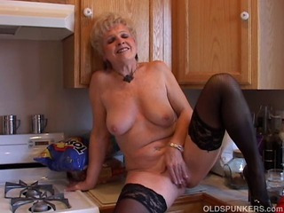 Very sexy grandma has a..