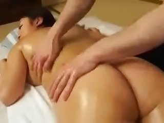 Massage sex with my Japanese..